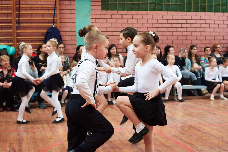 Картинки танцы учеников